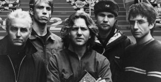 Pearl Jam Outside the Rio Entrance at the WSOP